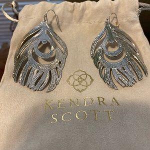Kendra Scott Jewelry - Kendra Scott Karina feather earrings EUC